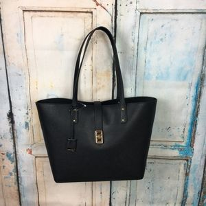 Michael Kors Bags - Michael Kors Karson Carryall Black Tote *P7